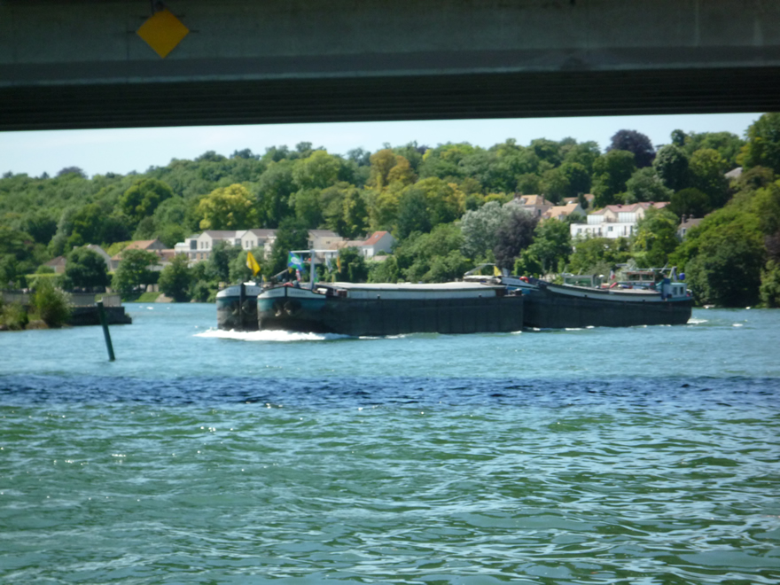 Four freightships on the Seine in close convoy!